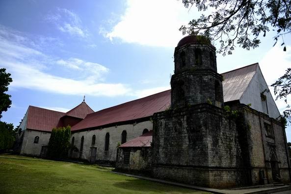 杜马盖地旅游景点:圣凯瑟琳与亚历山大教堂