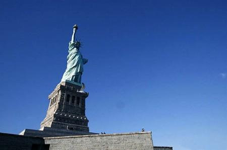 纽约 当张爱玲遇上了胡适