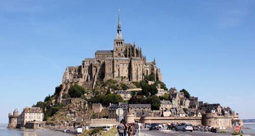 圣米歇尔山:法国世遗雄伟建筑