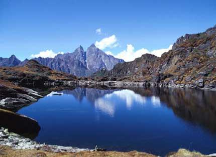 尼泊尔最佳旅游时间季节