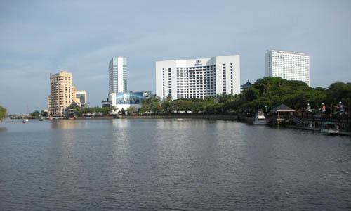 砂捞越:原始与现代的完美结合
