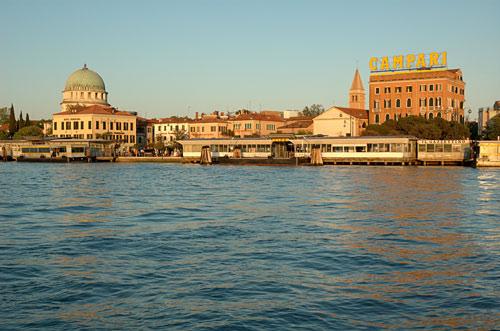 威尼斯利多岛的文化之旅 自驾享城市文化