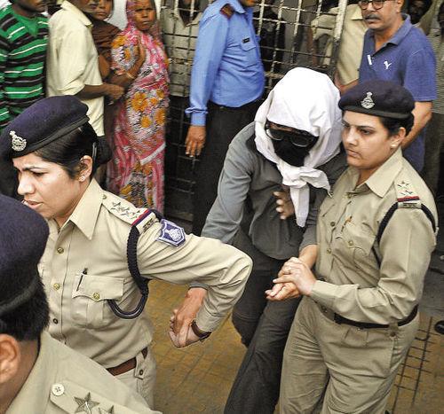 """印度旅游有多危险?""""三大纪律八项注意""""保安全"""