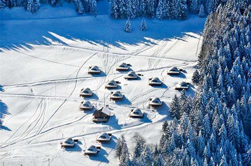 阿尔卑斯山雪山帐篷游记攻略
