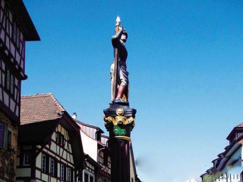 梦幻童话!游走瑞士风情小镇