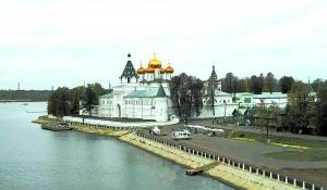 俄罗斯伏尔加河畔 寻22个葱头的童话王国