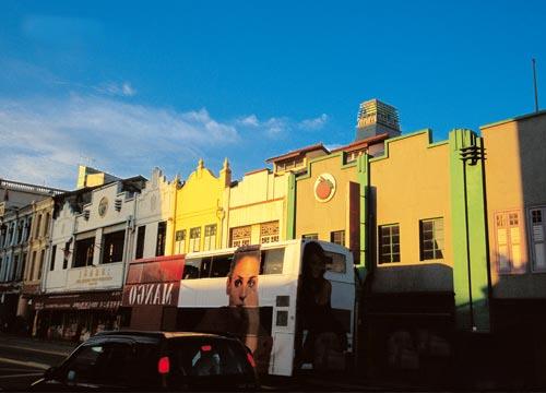 新加坡人眼中的新加坡:民族融合就像火锅