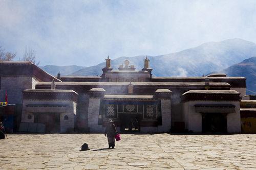 """""""老西藏""""的山南情书"""