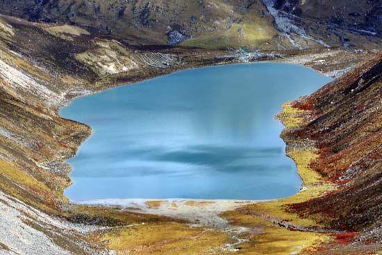 西藏拉姆拉错:倒影里的前世今生