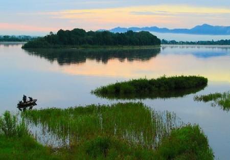 和平圣地虎头:界江生态养生名镇