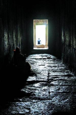 吴哥三日之崩密列:壮丽的废墟