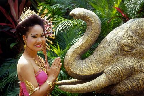 多面泰国:虔诚探索出神奇