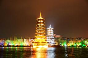 阳朔山水甲桂林 烟雨诗画中的最美古镇
