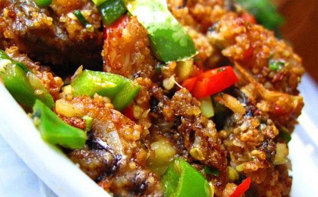 凤凰酸鱼:湘西苗家山寨特色风味