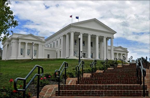 弗吉尼亚州里士满景点:弗吉尼亚州议会大厦