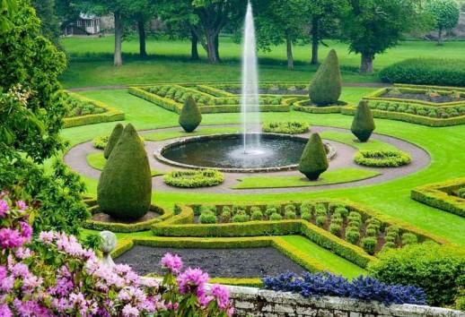 邓罗宾城堡旅游