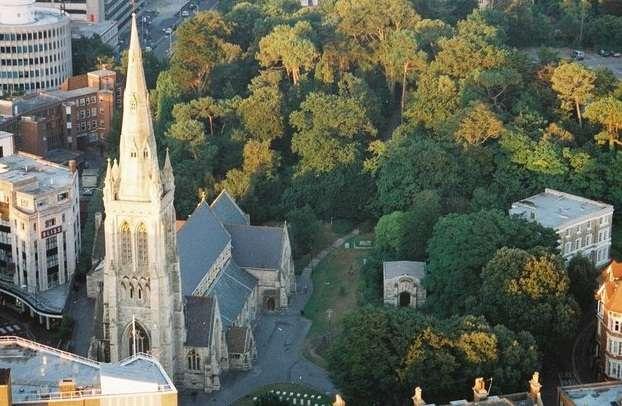 圣彼得教堂旅游