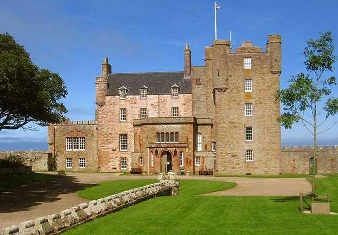 梅伊城堡旅游