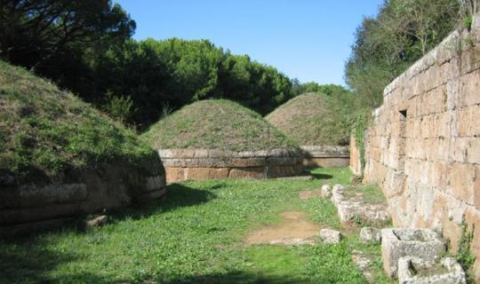 塞尔维托里和塔尔奎尼亚的伊特鲁立亚人公墓