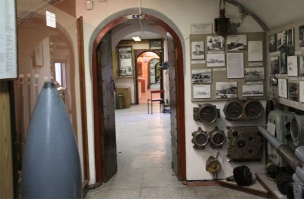 符拉迪沃斯托克军事要塞博物馆_符拉迪沃斯托克(海参崴)