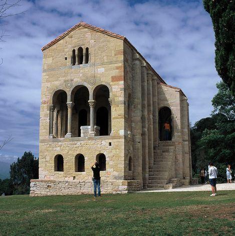 奥维耶多古建筑和阿斯图里亚斯王国