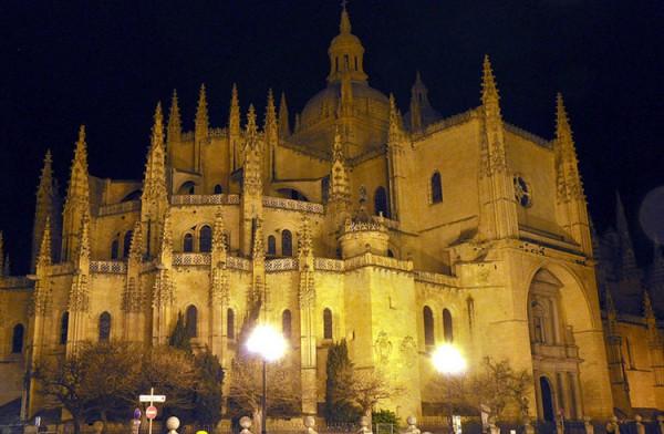 塞哥维亚大教堂_塞哥维亚_西班牙