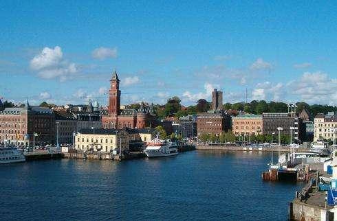 赫尔辛堡旅游