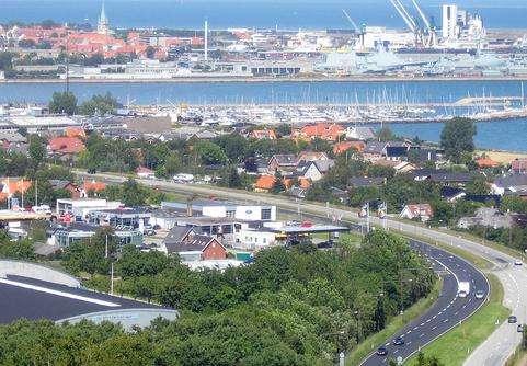 腓特烈港旅游