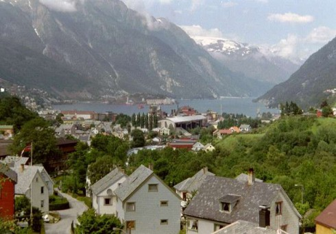 哈当厄尔峡湾旅游Hardangerfjord