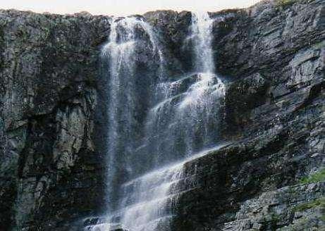 基兹普托斯瀑布