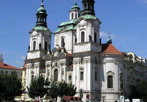 布拉格圣尼古拉教堂旅游