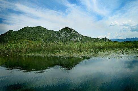 斯库台湖旅游