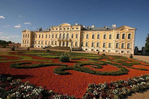 伦达尔宫旅游