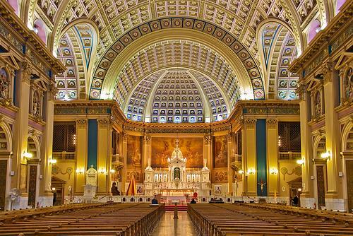 亚穆苏克罗和平圣母大教堂