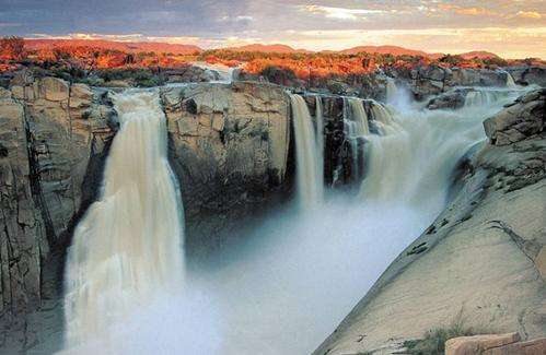 奥葛拉比瀑布旅游
