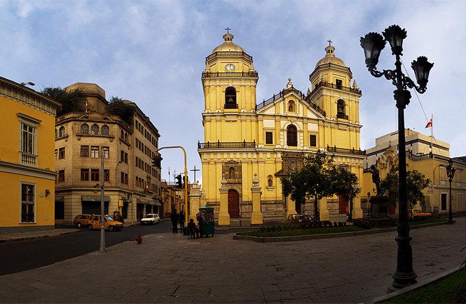 圣佩德罗教堂_利马_秘鲁