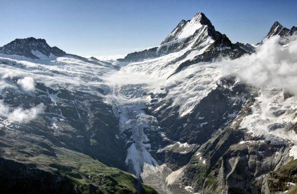 上冰川_茵特拉肯_瑞士